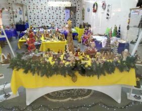Trabalhos manuais da APPACDM no W Shopping em Santarém