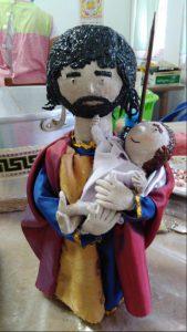 Trabalho artesanal alusivo ao Santo António feito pelos utentes da APPACDM