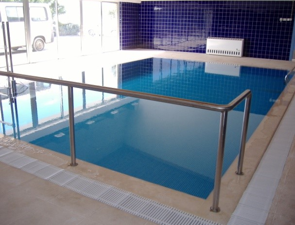 Espaço aquático para atividades terapêuticas