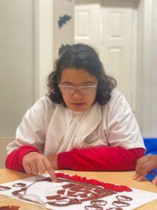 Utente da APPACDM em atividade no Centro Socioeducativo