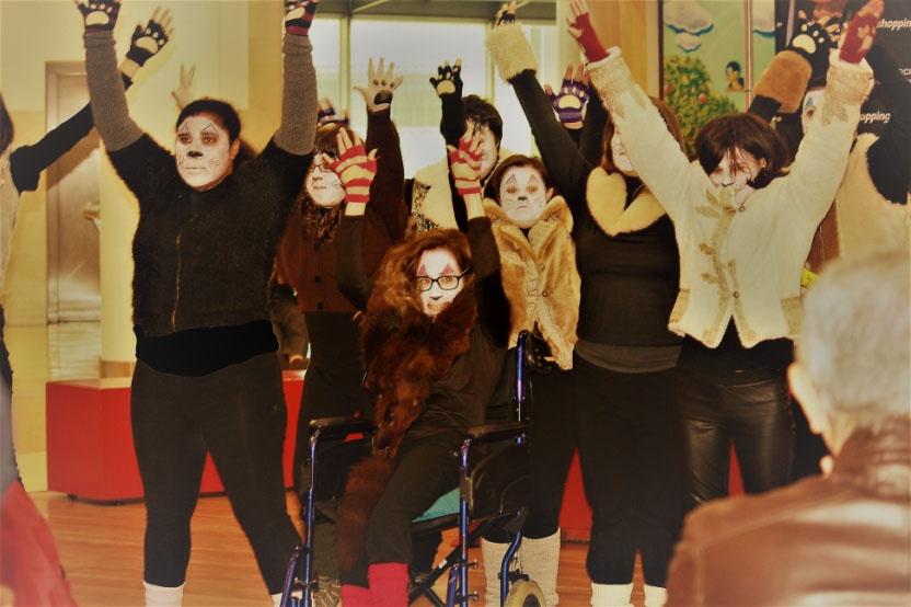 Grupo de utentes da APPACDM do Teatro Fantasia